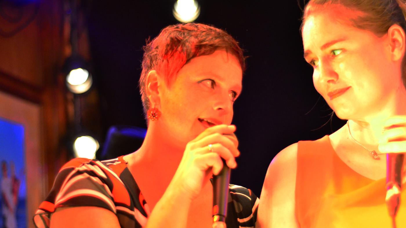 Anna und Julia in Weiden 2017 - Bild: Barbara Englisch